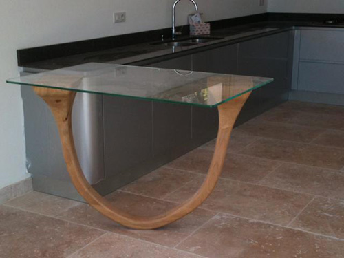 Menuisier-Vence_Alain-Henni_Table-sur-mesure-design